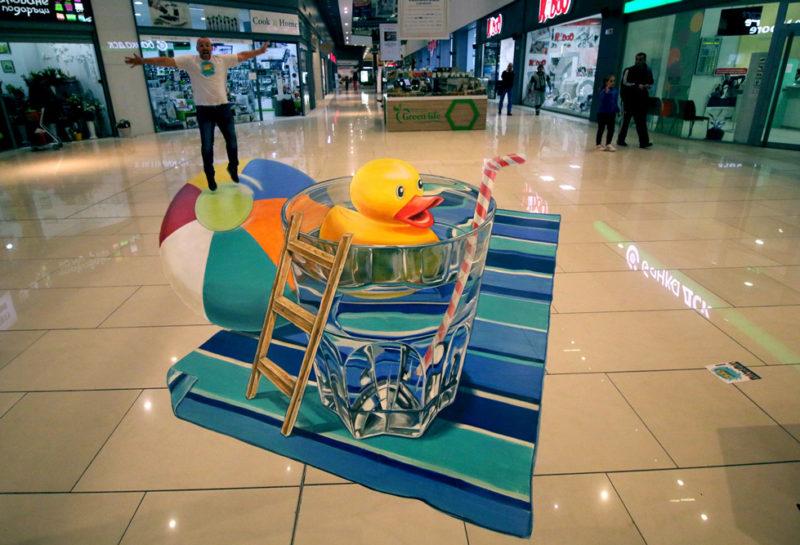 anamorphosis-rubber-duck streetart